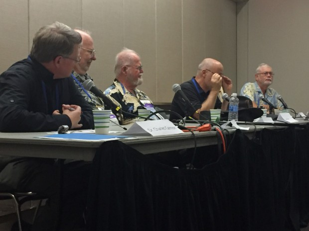 l-r Chuck Gannon, Greg Bear, Larry Niven, David Brin, Joe Haldeman (obscured), Greg Benford